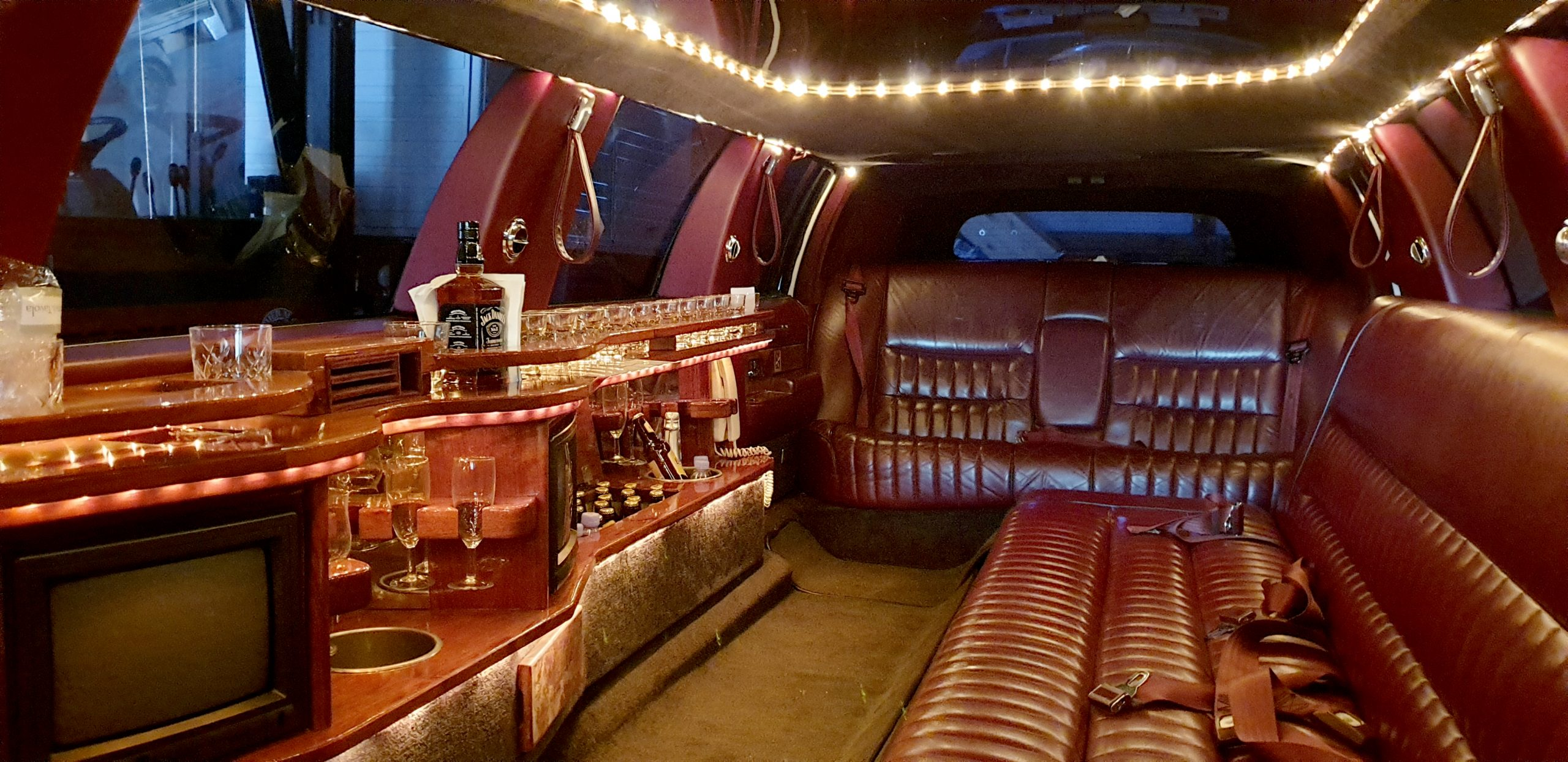 Relax Limousine